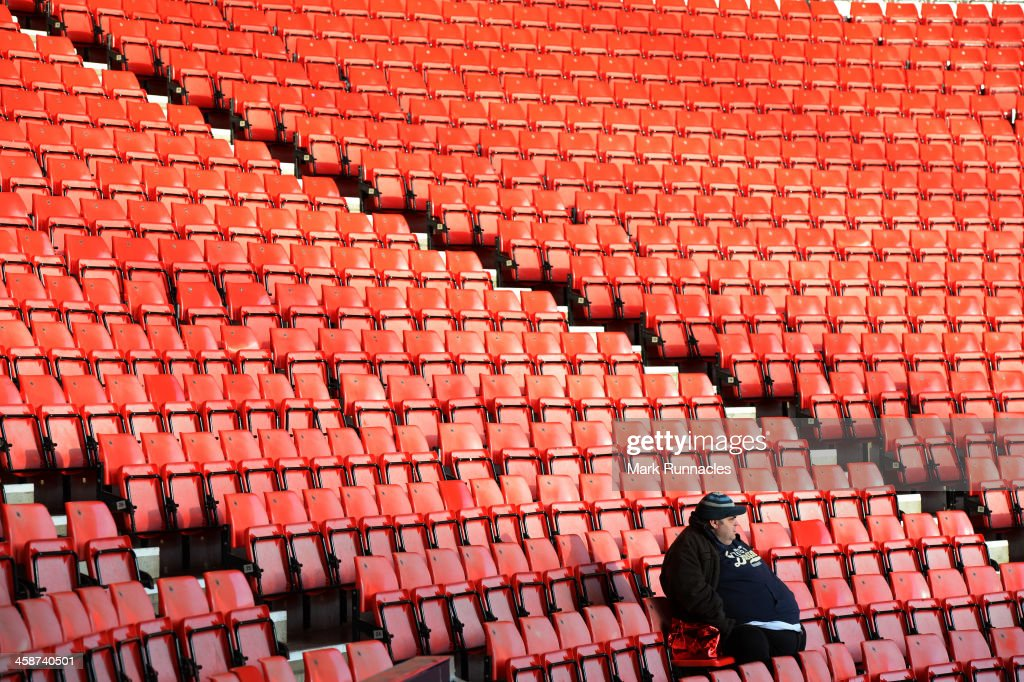 Sunderland fans wait for the start of the game during the Barclays Premier League match between Sunderland and Norwich City at the Stadium of Light on December 21, 2013 in Sunderland, England.