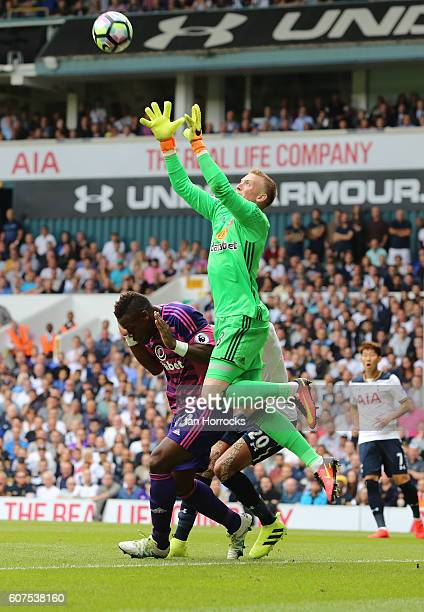 Sunderland keeper Jordan Pickford claims the ball during the Premier League match between Tottenham Hotspur and Sunderland at White Hart Lane on...