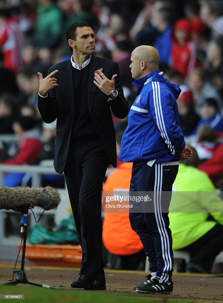 Sunderland manager Gustavo Poyet gestures from the touchline during the Barclays Premier League match between Sunderland and Manchester City at Stadium of Light on November 10, 2013 in Sunderland, England.