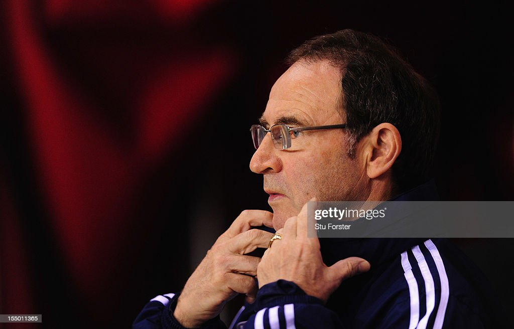 Sunderland manager Martin O' Neill looks on before the Capital One Cup Fourth Round match between Sunderland and Middlesbrough at Stadium of Light on October 30, 2012 in Sunderland, England.