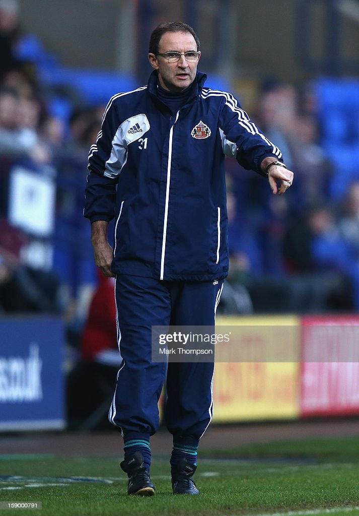 Sunderland Manager <a gi-track='captionPersonalityLinkClicked' href=/galleries/search?phrase=Martin+O%27Neill&family=editorial&specificpeople=201190 ng-click='$event.stopPropagation()'>Martin O'Neill</a> gestures during the FA Cup with Budweiser Third Round match between Bolton Wanderers and Sunderland at the Reebok Stadium on January 5, 2013 in Bolton, England.