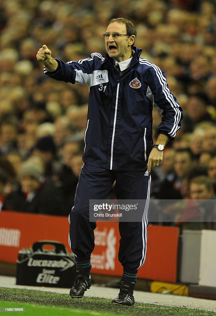 Sunderland Manager Martin O'Neill issues instructions during the Barclays Premier League match between Liverpool and Sunderland at Anfield on January 2, 2013 in Liverpool, England.