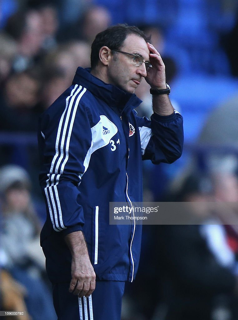 Sunderland Manager <a gi-track='captionPersonalityLinkClicked' href=/galleries/search?phrase=Martin+O%27Neill&family=editorial&specificpeople=201190 ng-click='$event.stopPropagation()'>Martin O'Neill</a> looks on during the FA Cup with Budweiser Third Round match between Bolton Wanderers and Sunderland at the Reebok Stadium on January 5, 2013 in Bolton, England.