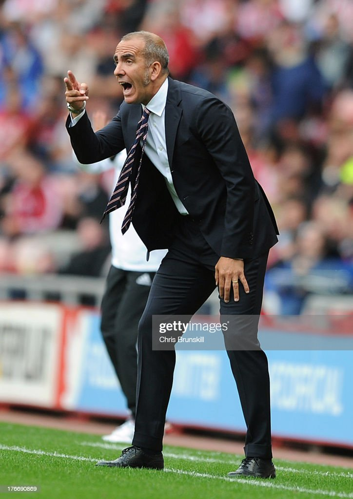 Sunderland manager <a gi-track='captionPersonalityLinkClicked' href=/galleries/search?phrase=Paolo+Di+Canio&family=editorial&specificpeople=215237 ng-click='$event.stopPropagation()'>Paolo Di Canio</a> gestures from the touchline during the Barclays Premier League match between Sunderland and Fulham at the Stadium of Light on August 17, 2013 in Sunderland, England.