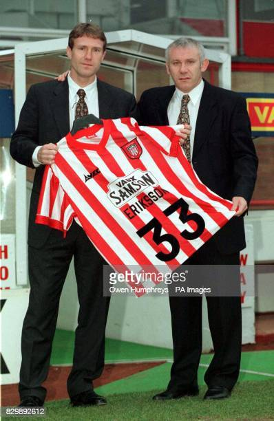Sunderland manager Peter Reid with Swedish Internatioal star Jan Eriksson who signed for Premership club Sunderland today Eriksson is likley to get...