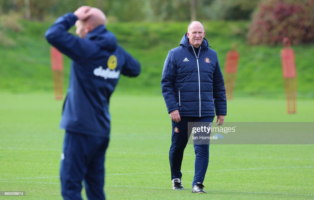 Sunderland manager Simon Grayson during a Sunderland AFC training session at The Academy of Light on October 12, 2017 in Sunderland, England.