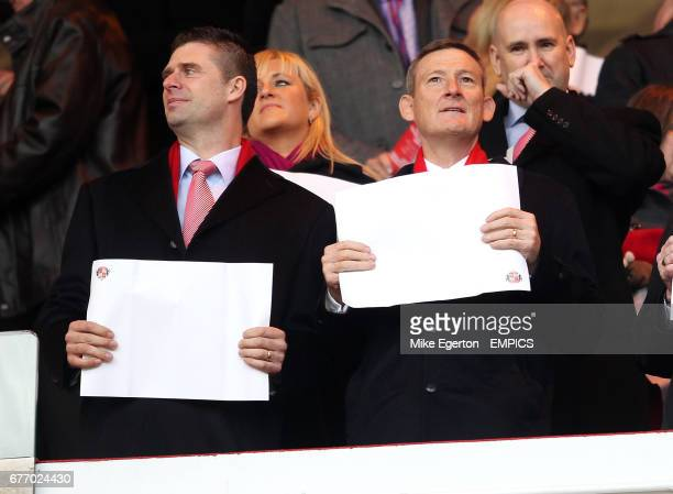 Sunderland Owner Ellis Short and chairman Niall Quinn in the stands