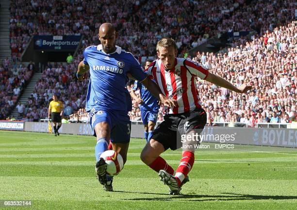 Sunderland's Danny Collins and Chelsea's Nicolas Anelka battle for the ball