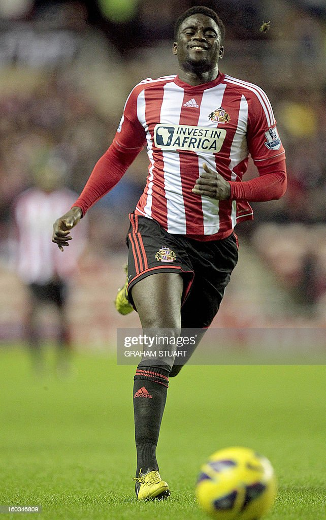 """Sunderland's French midfielder Alfred N'Diaye chases the ball during the English Premier League football match between Sunderland and Swansea City at The Stadium of Light in Sunderland, north-east England on January 29, 2013. The game finished 0-0. USE. No use with unauthorized audio, video, data, fixture lists, club/league logos or """"live"""" services. Online in-match use limited to 45 images, no video emulation. No use in betting, games or single club/league/player publications"""