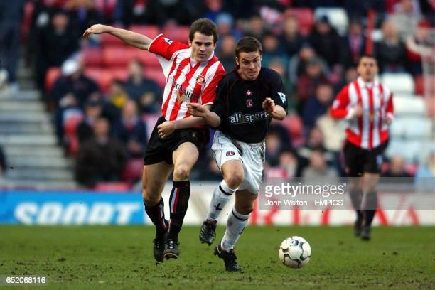 Sunderland's Kevin Kilbane battles for possession of the ball with Charlton Athletic's Scott Parker