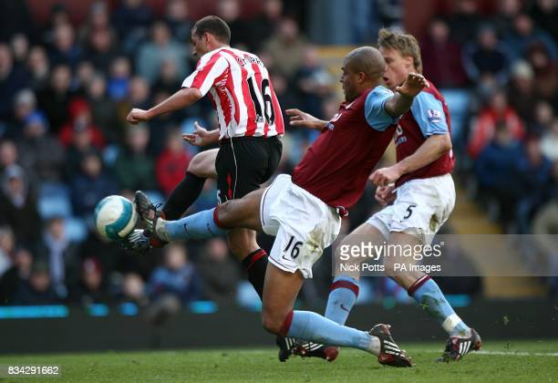 Sunderland's Michael Chopra scores his sides first goal of the match