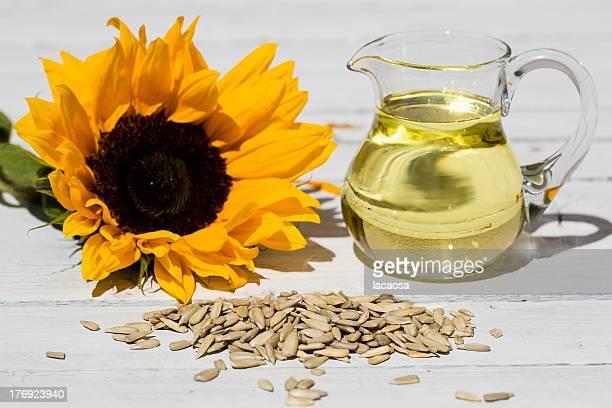 sunflower seeds, sunflower oil and blossom