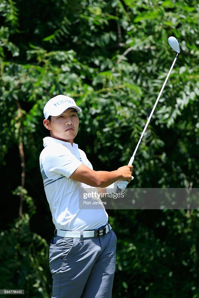 Sung Kang plays his shot from the sixth tee during the Second Round of the DEAN & DELUCA Invitational at Colonial Country Club on May 27, 2016 in Fort Worth, Texas.