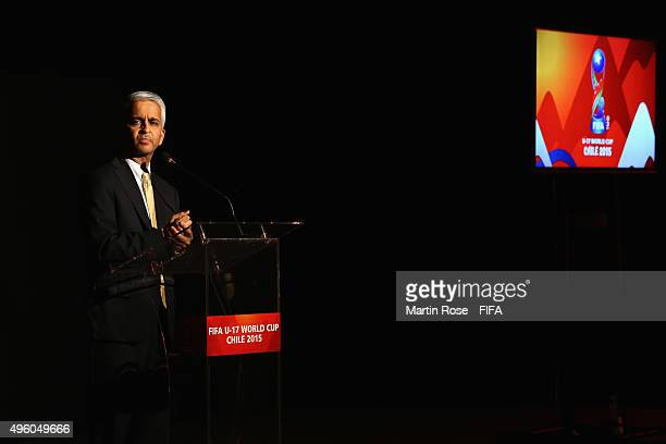 Sunil Gulati Chairman Organizing Committee FIFA U17 World Cup Chile 2015 delivers his speech during the FIFA banquett during the FIFA U17 World Cup...
