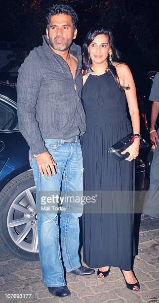 Sunil Shetty with wife Mana Shetty arrives at Sohail Khan's 40th birthday bash at Aurus in Mumbai