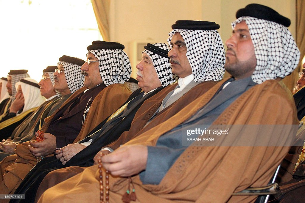 Sunni and Shiite clan leaders attend a meeting in Baghdad in an attempt to voice protestor demands and halt the escalation of demonstrations in Sunni areas, on January 19, 2013. AFP PHOTO / SABAH ARAR