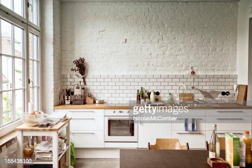 Sunny white Europäische Küche