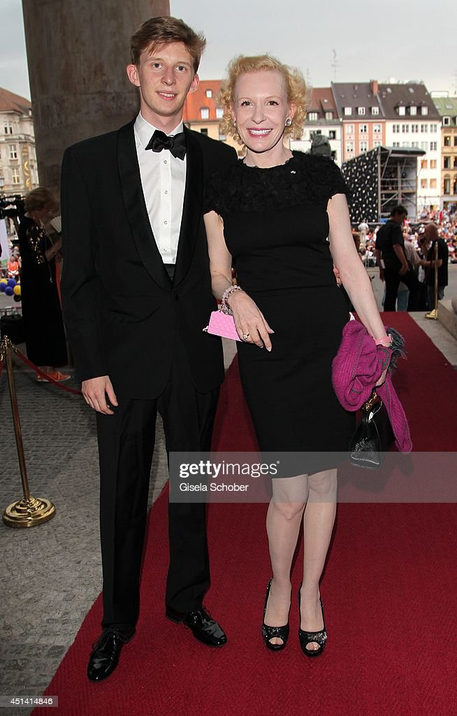 Sunnyi Melles and her son Constantin Sayn Wittgenstein attend the 'Guillaume Tell' Opera Premiere at the Opera Festival Opening In Munich on June 28, 2014 in Munich, Germany.