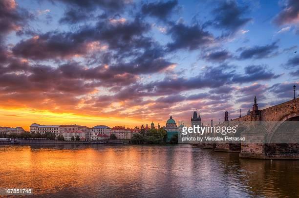 Sunrise by the Charles bridge