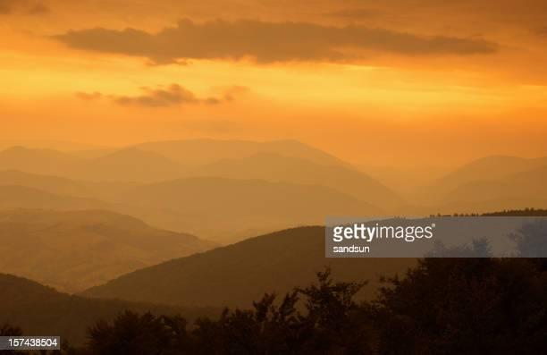 Alba in montagne
