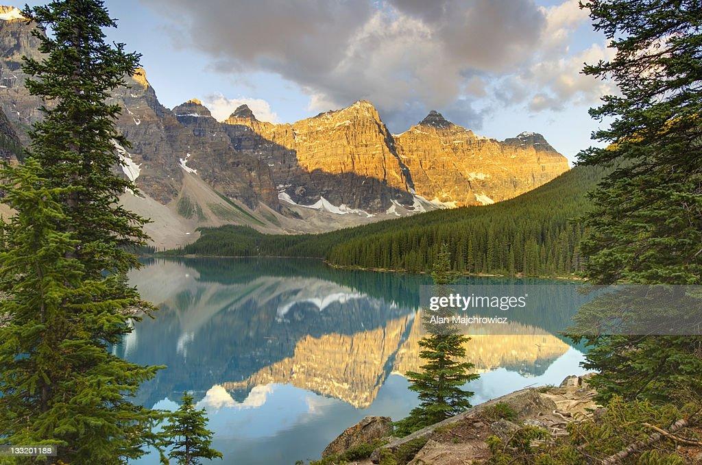 Sunrise Moraine Lake, Banff National Park