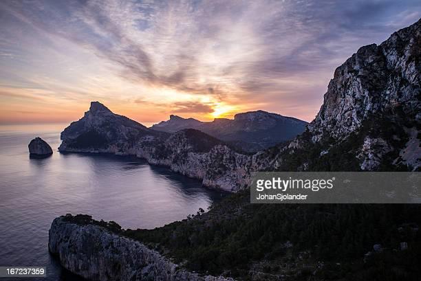 Sunrise over tapa de Formentor en Mallorca