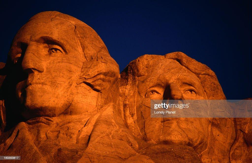 Sunrise over George Washington and Jefferson, Mt Rushmore. : Stock Photo