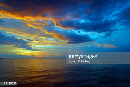 Sunrise over the Mediterranean ocean, Malta. : Stock Photo