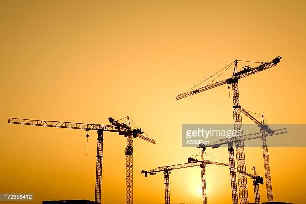 Construcción al atardecer