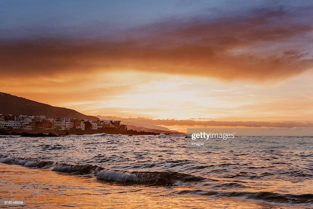 Sunset in Puerto de la Cruz Tenerife Spain : Foto de stock