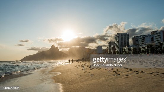 rio de janeiro single muslim girls Rio muslims prepare for eid at tijuca if some one can tell me about muslim resturants in rio de janeiro the rio times is an english language publication.