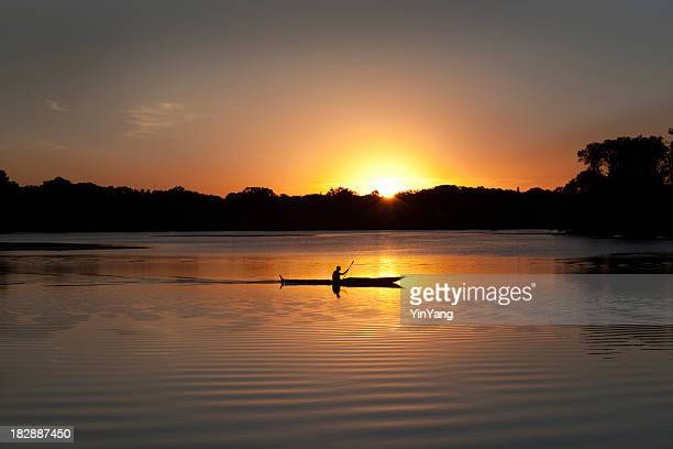 Sunset Kayaking in Lake of the Isles, Minneapolis, Minnesota