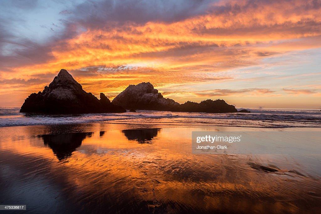 Sunset on Ocean Beach, San Francisco : Stock Photo