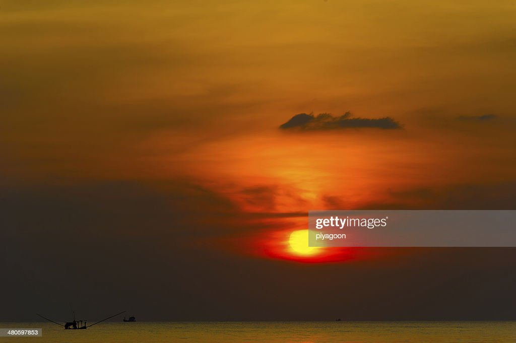 Sunset over the sea : Stock Photo