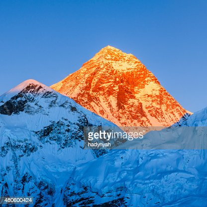 Sunset over the top of world - Mount Everest mountain : Stock Photo