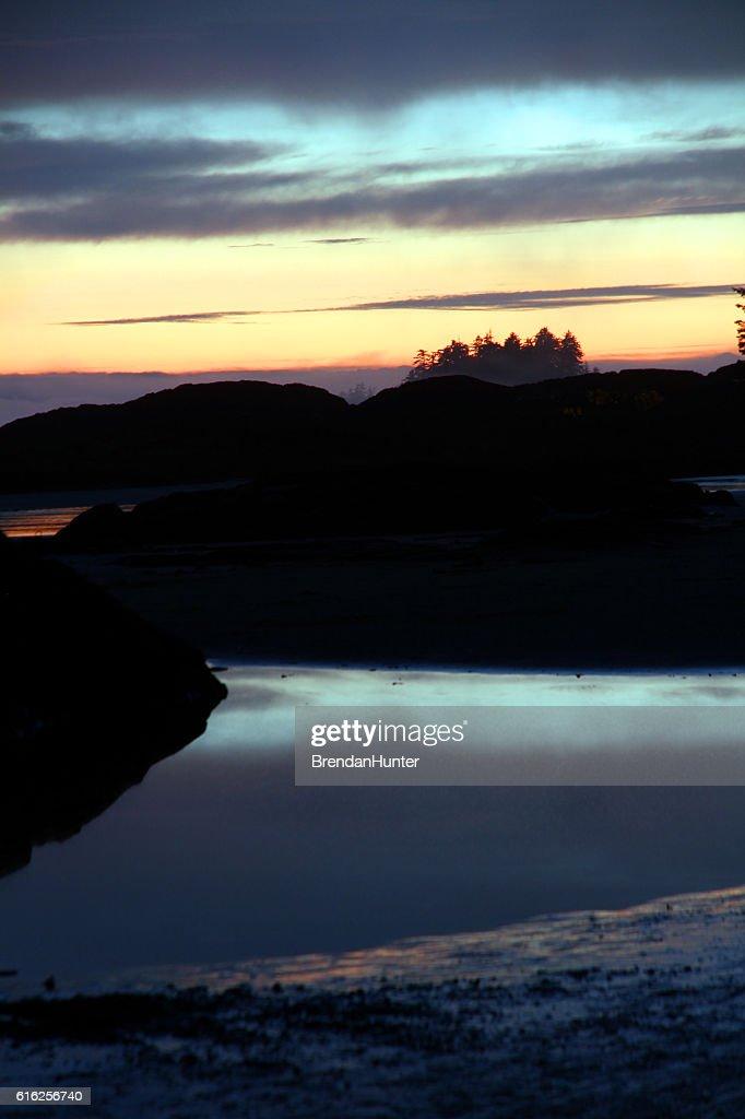 Pôr do sol Pedras : Foto de stock