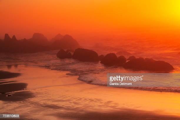 Sunset, Seal Rock State Recreation Area, Seal Rock, Oregon, USA