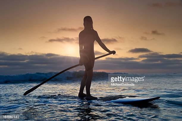 Coucher du soleil de Stand-Up Paddle