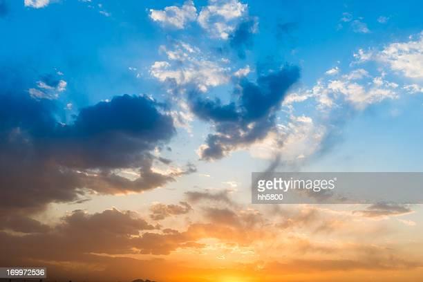 Sunset Sunrise paisajes nublados