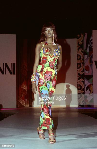 Super model Naomi Campbell wears the latest from Italian designer and toast of Paris Miami and New York Gianni Versace in a 1991 Los Angeles...