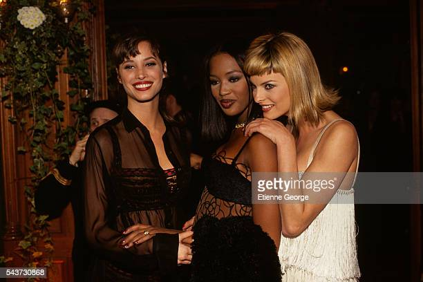 Super models Christy Turlington Naomi Campbell and Linda Evangelista on the set of the film PretaPorter directed by American director Robert Altman