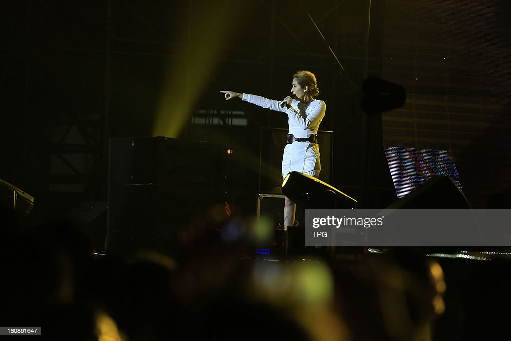 Super star Elva Hsiao performs at Lu Mount Mid-Autumn Festival concert on Sunday September 15,2013 in Jiujiang,China.