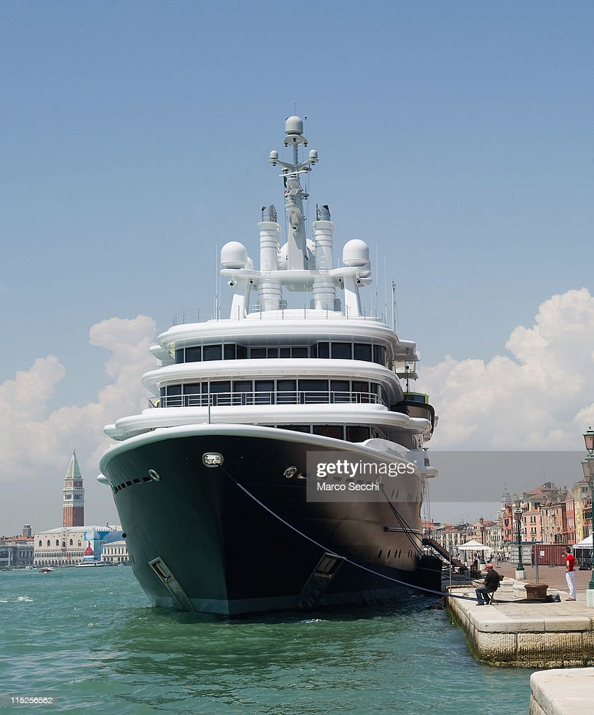 Superyacht abramovich  Roman Abramovich's Yacht Upsets Venetians Photos and Images ...