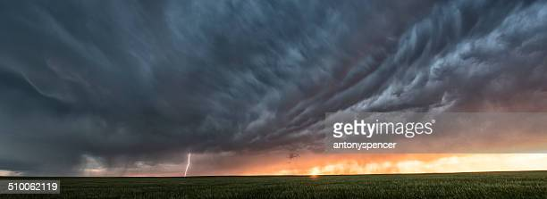 Supercell thunderstorm at sunset