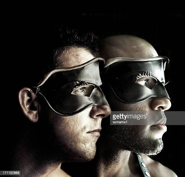 Superhelden-Männer mit Masken aus Leder
