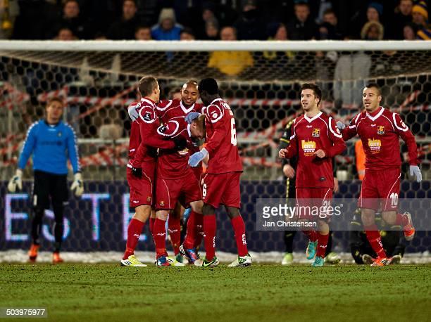 Superliga The players from FC Nordsjælland celebrating the 10 goal © Jan Christensen/Frontzonesport