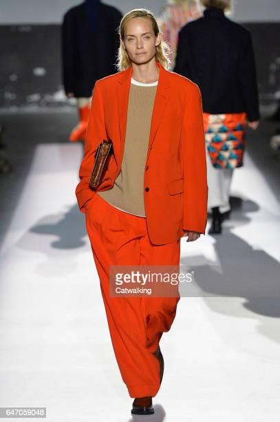 Supermodel Amber Valletta walks the runway at the Dries Van Noten Autumn Winter 2017 fashion show during Paris Fashion Week on March 1 2017 in Paris...