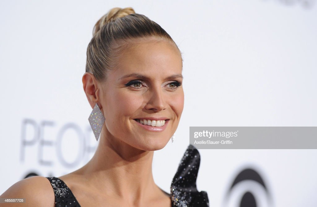 Supermodel Heidi Klum arrives at The 40th Annual People's Choice Awards at Nokia Theatre L.A. Live on January 8, 2014 in Los Angeles, California.