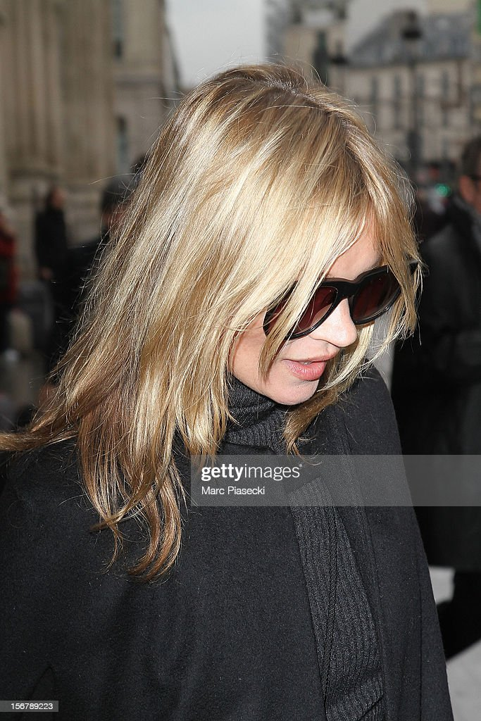 Supermodel Kate Moss is sighted at 'Gare du Nord' on November 21, 2012 in Paris, France.