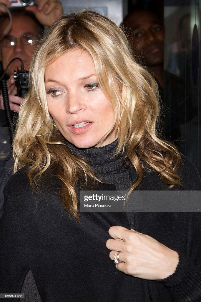 Supermodel Kate Moss is sighted at the 'Gare du Nord' on November 21, 2012 in Paris, France.